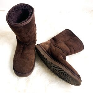 UGG Classic Short II Suede Boots Wool Lined 9